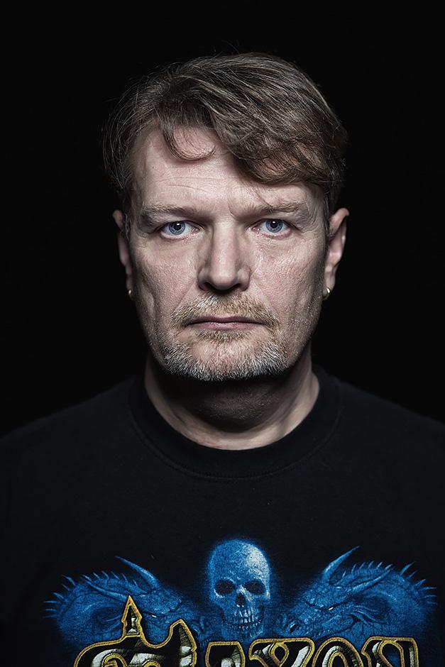 Frontales Portrait eines Mannes