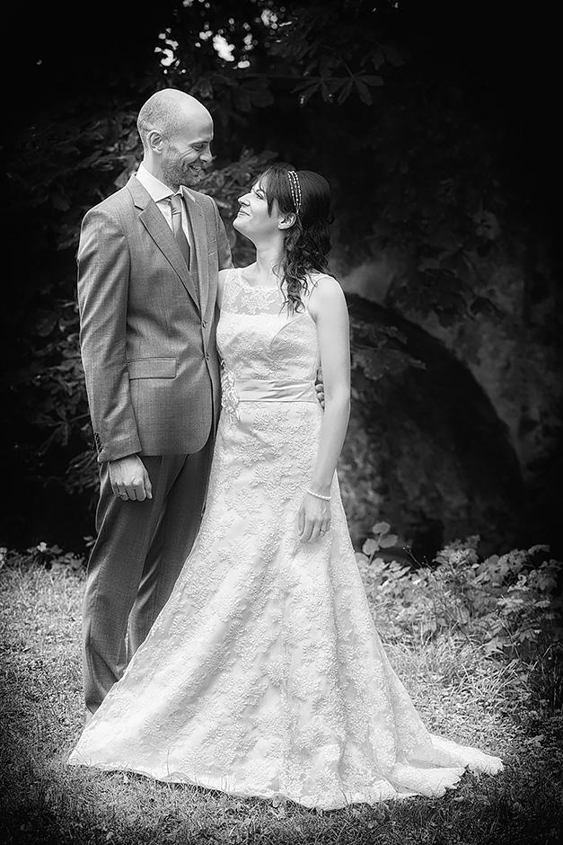 Brautpaar im Park Wilhemsbad in Hanau