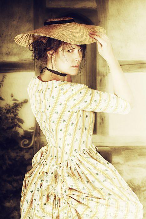 Robe a l Anglaise mit Poschen um 1770 - Nicole Friedersdorf - Darkdirndl - Historic Couture